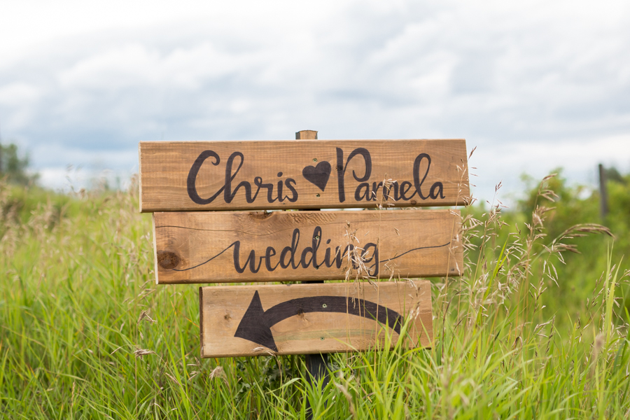 Elegant Country Wedding Edmonton Barrhead - Wedding Sign.