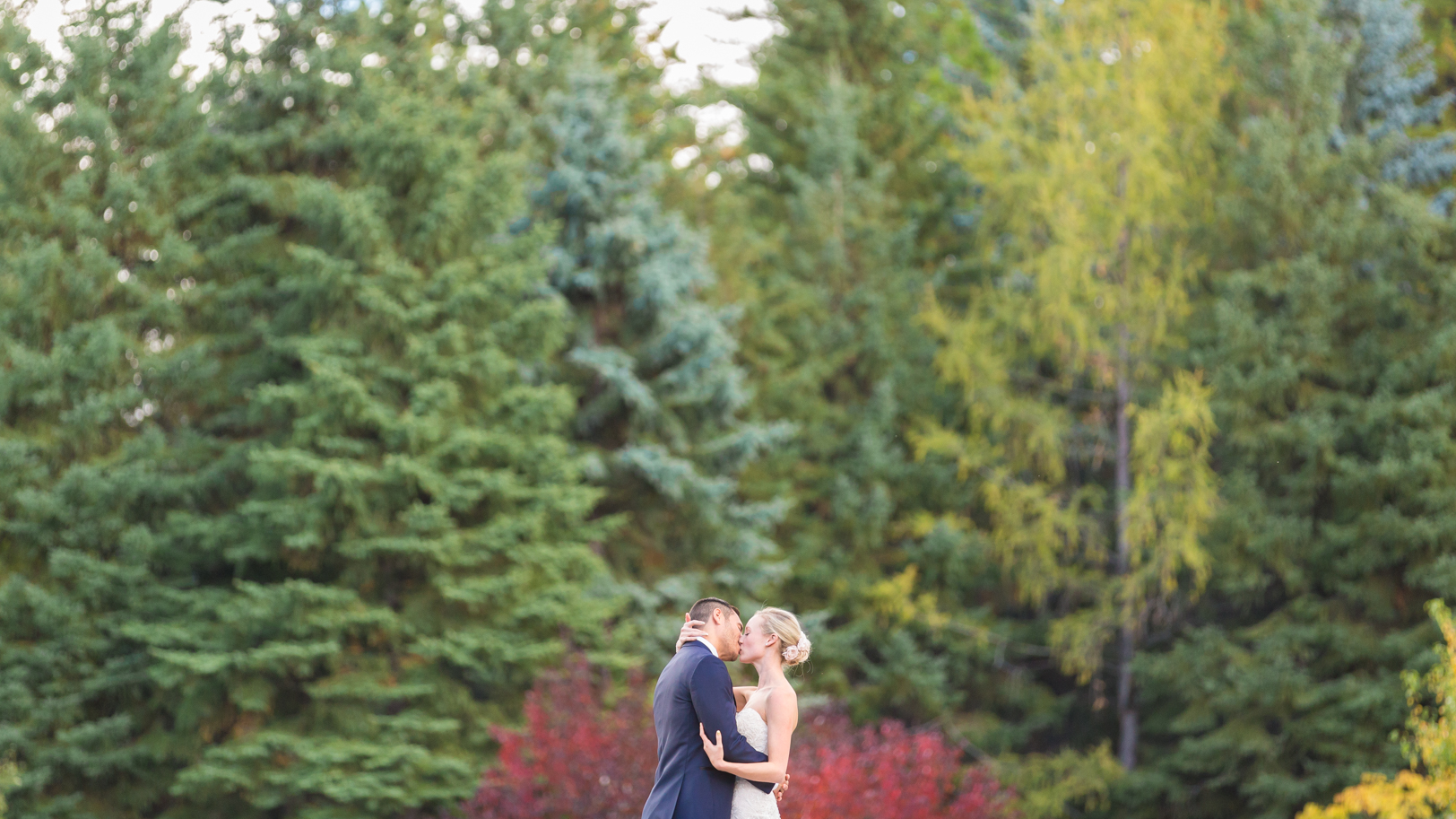 Deep Blue Photography Wedding Photos