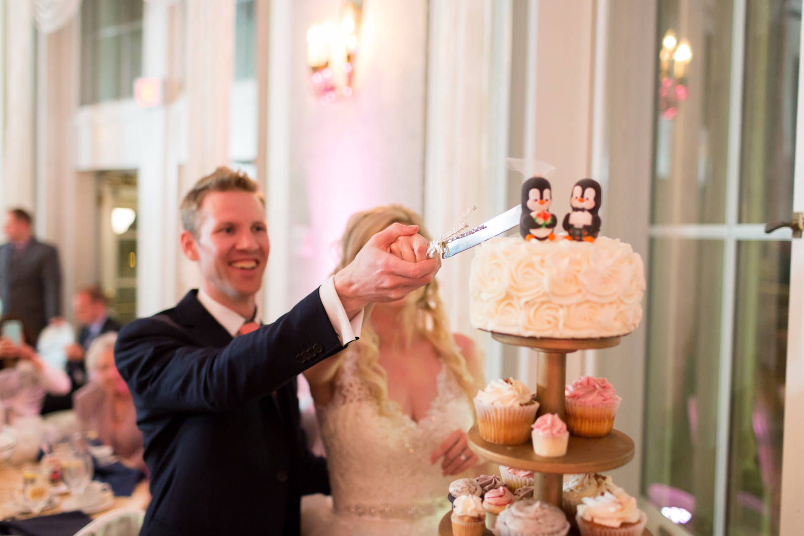 creative cake cutting photo