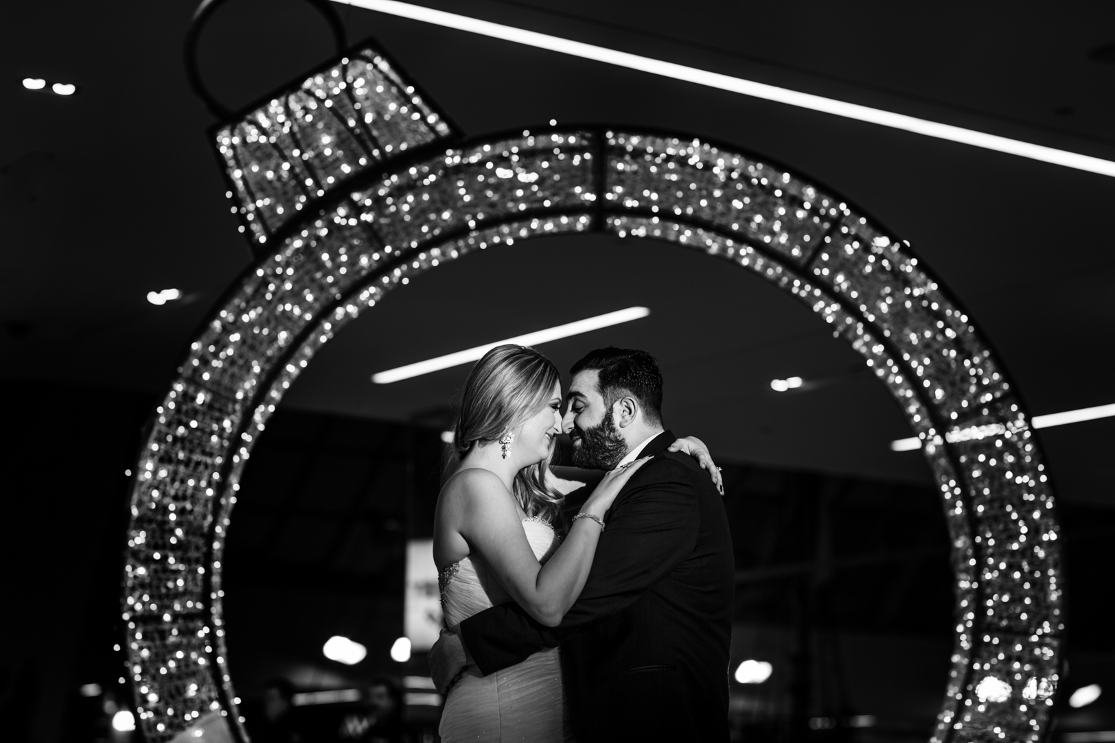wedding photos west edmonton mall