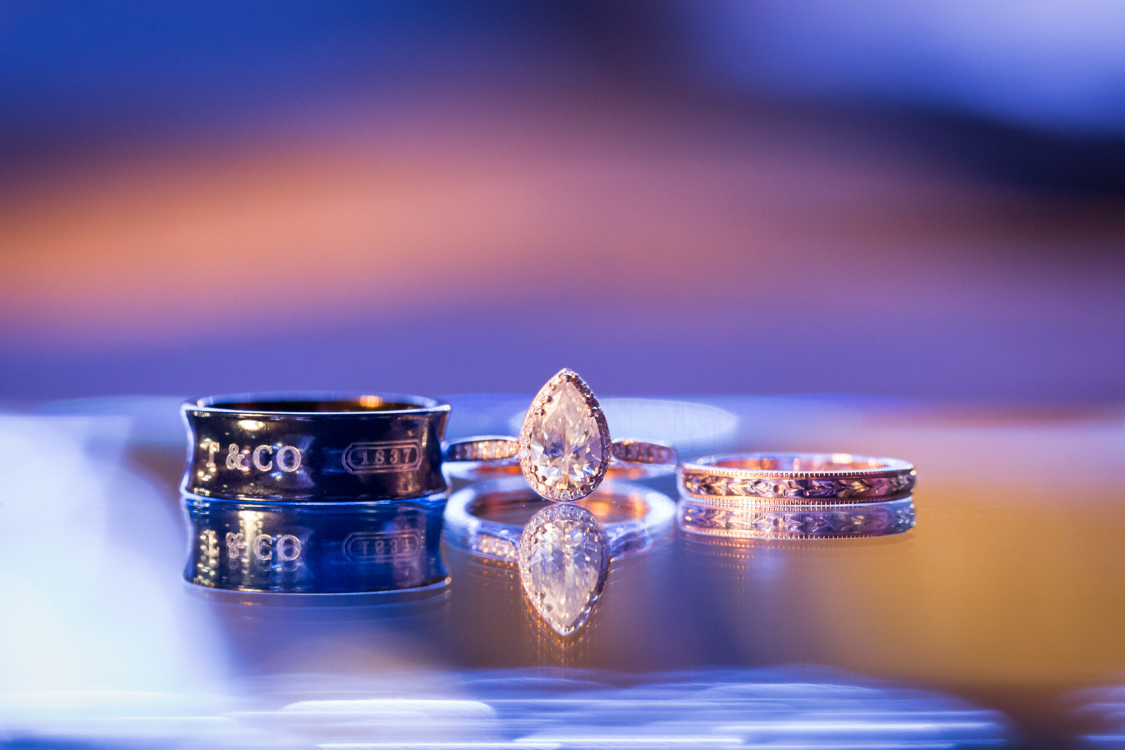 creative wedding rings photo