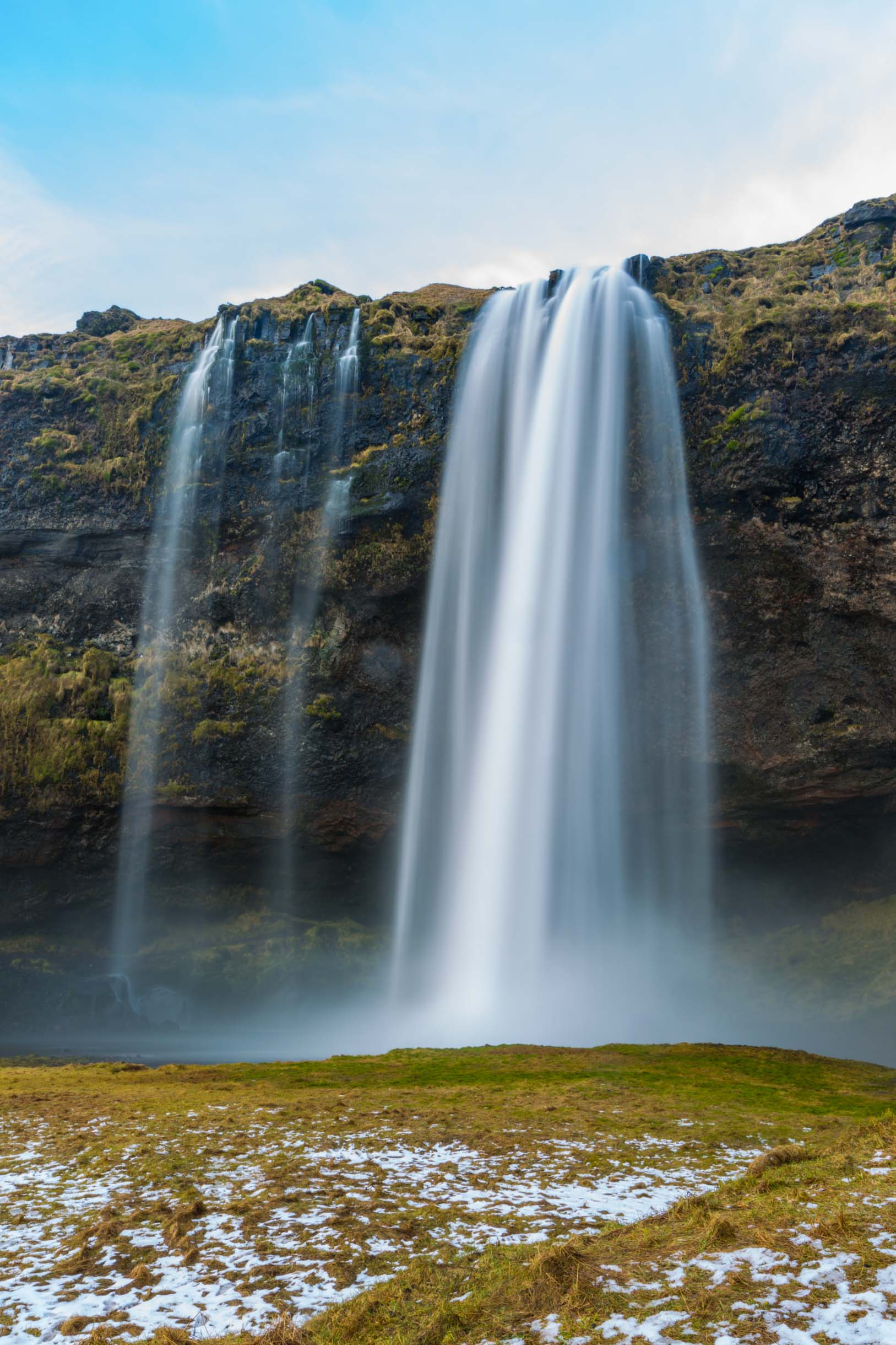 A picture of seljalandsfoss while exploring the Southern Iceland Waterfalls
