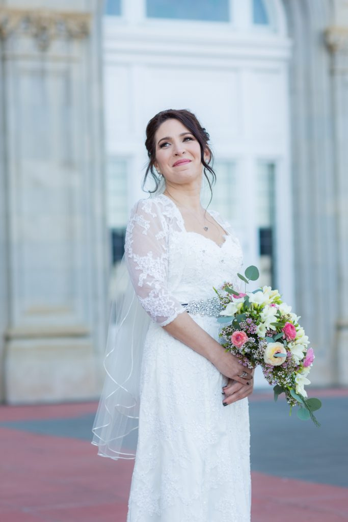 Elegant bridal portrait photography by Deep Blue Photography