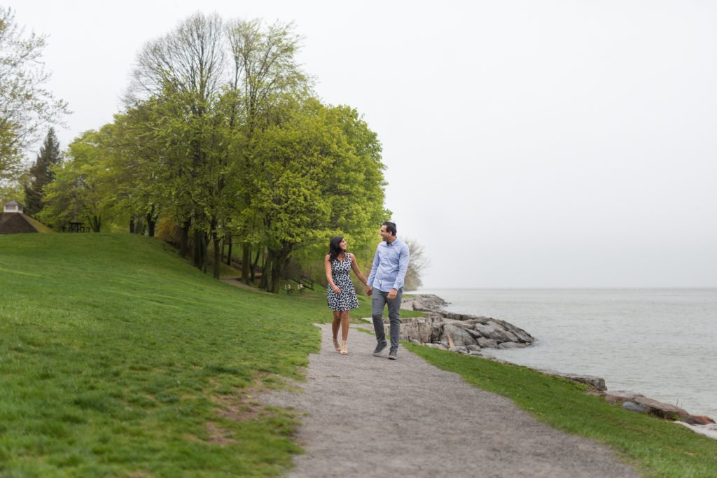 Niagara-on-the-Lake engagement photos