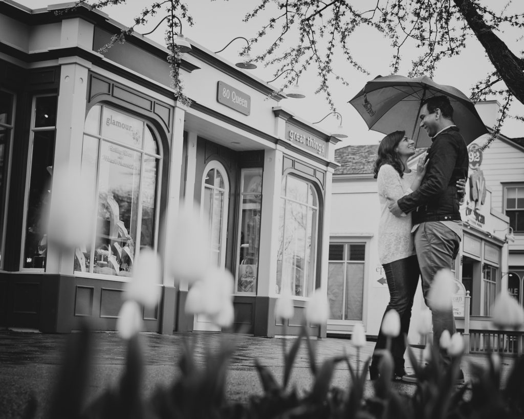 Niagara on the Lake Engagement Photos