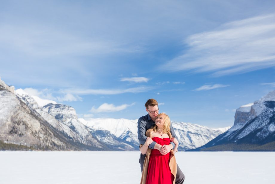 Winter Engagement Photos in Banff – Jess & Yannick