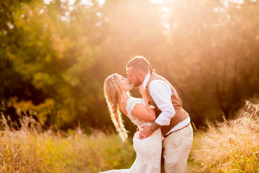 edmonton river valley wedding photos