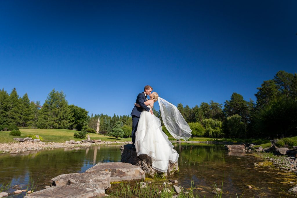 Wedding photos at University of Alberta Botanic Garden