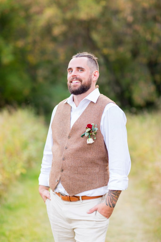 groom wedding portrait