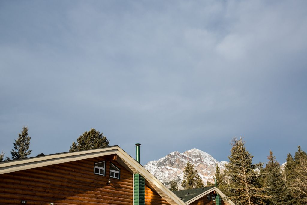 Pyramid Lake Lodge Winter Wedding