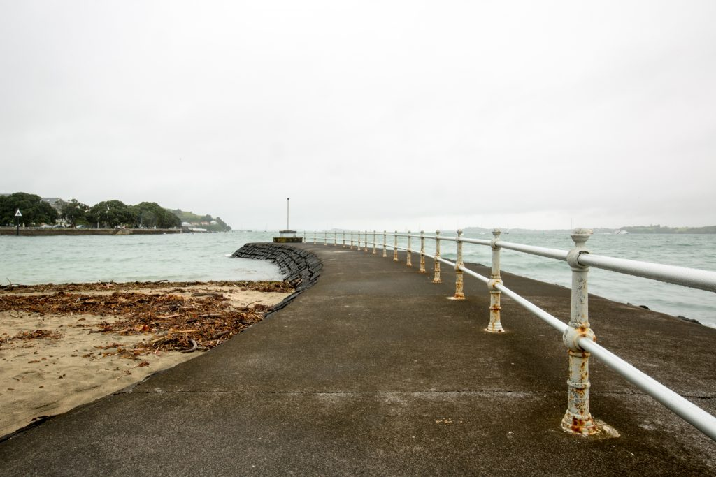 Devonport seaside walk - Exploring Auckland