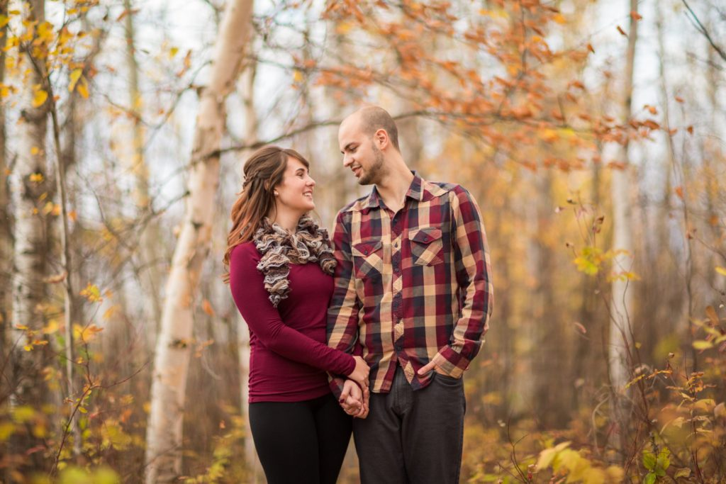 Edmonton Autumn Engagement Pictures