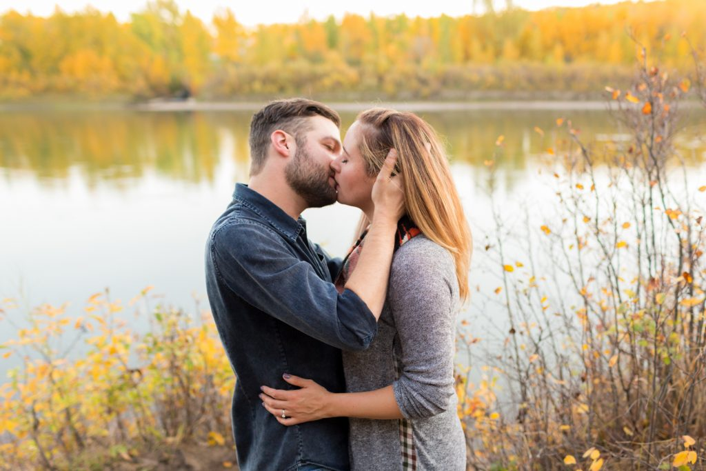 Edmonton engagement photos by the river at Terwilliger Park