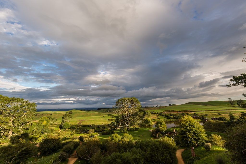 Sunset At Hobbiton Movie Set Evening Banquet Tour