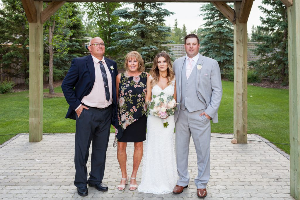wedding portraits with family