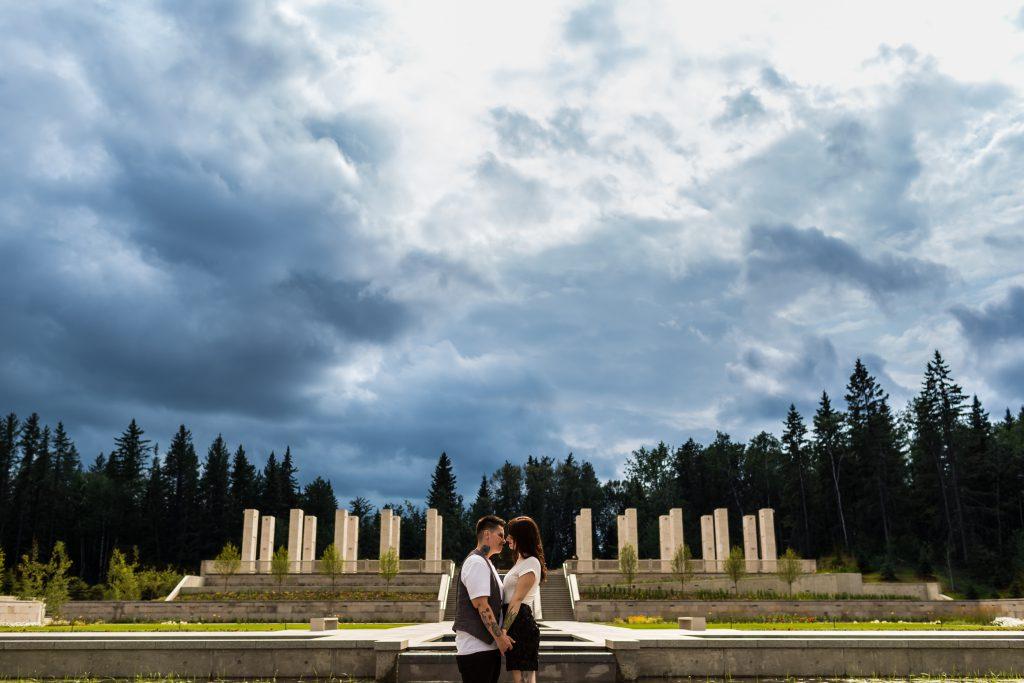 epic engagement photos at edmonton botanic gardens