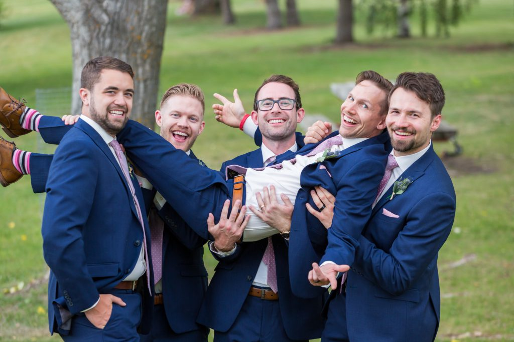 outdoor bridal party photo locations