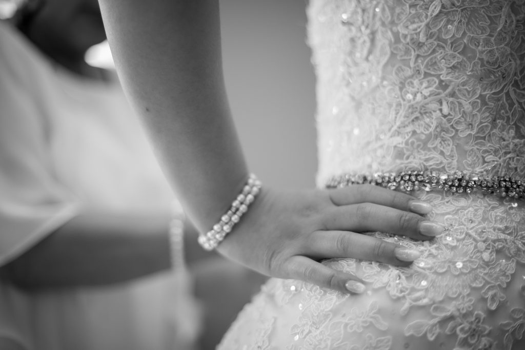 bride getting ready at hotel