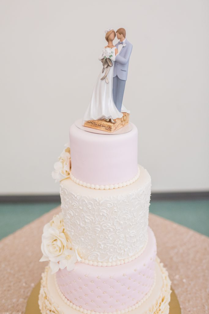 blush wedding cake for country wedding