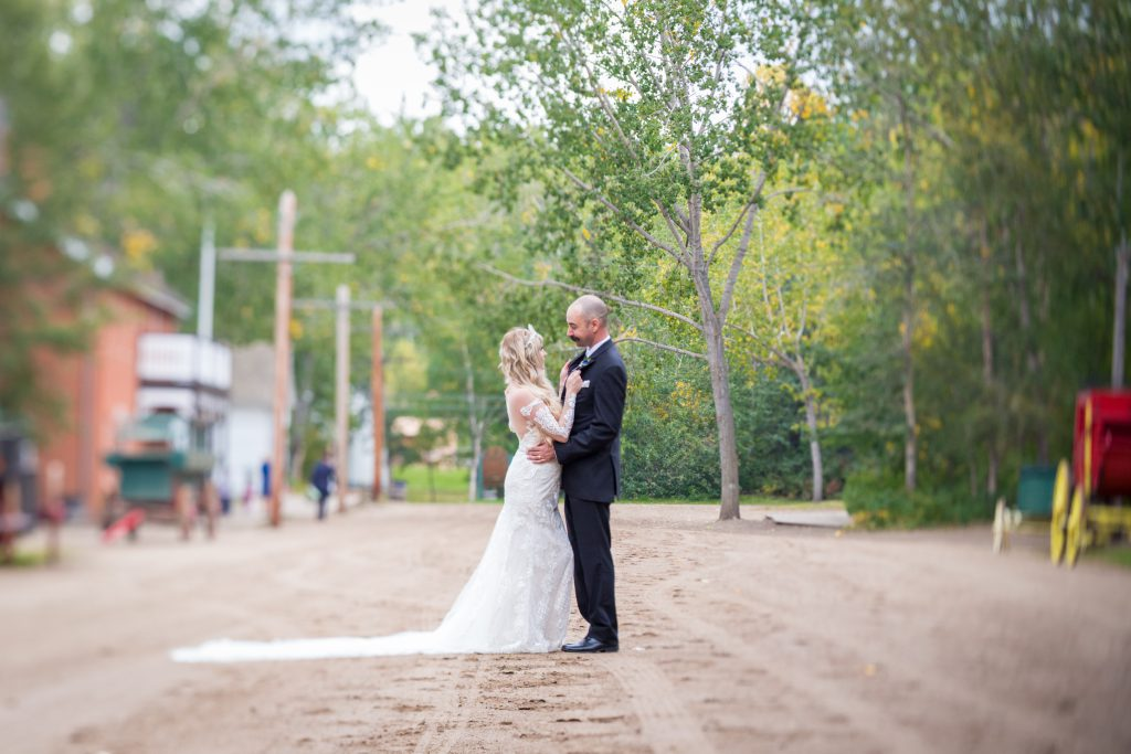 candid wedding photographers edmonton