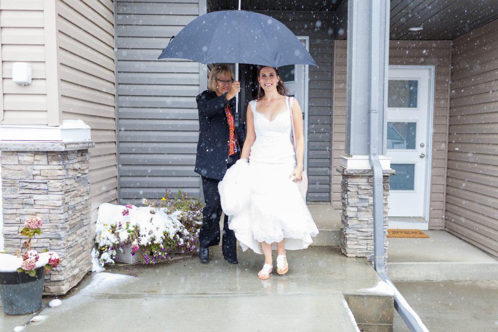 snowy wedding in edmonton