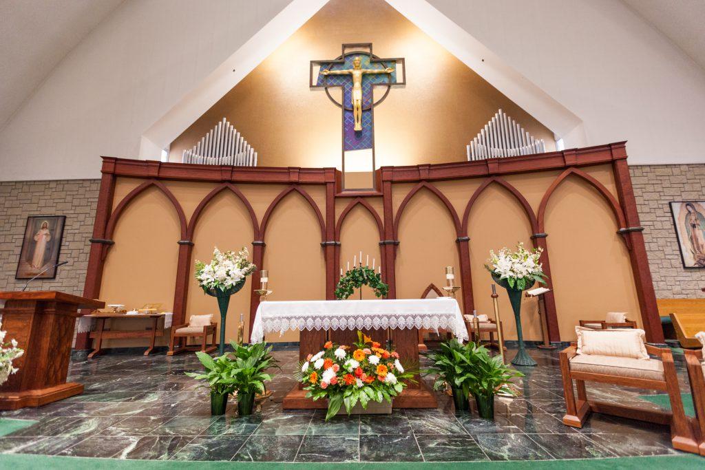 St Thomas More wedding ceremony