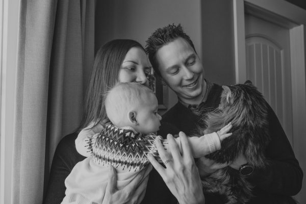 Winter Family Portraits – Christen & Joe