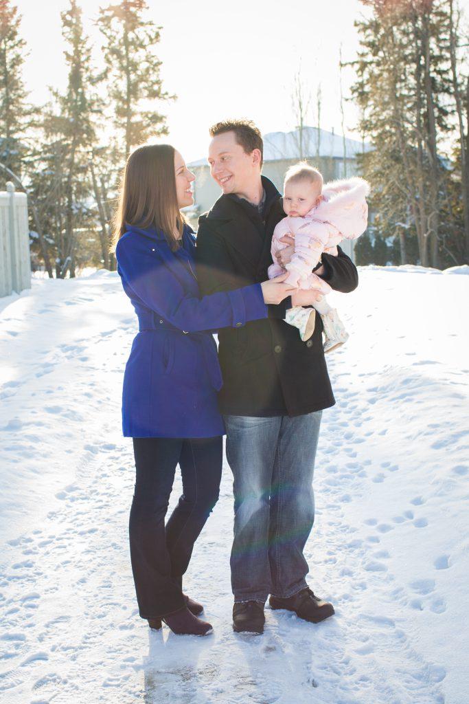 outdoor winter family photos