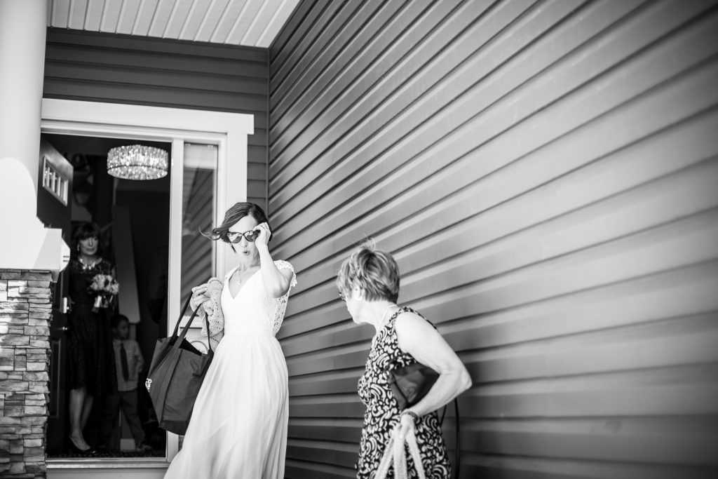 candid photos of wedding day