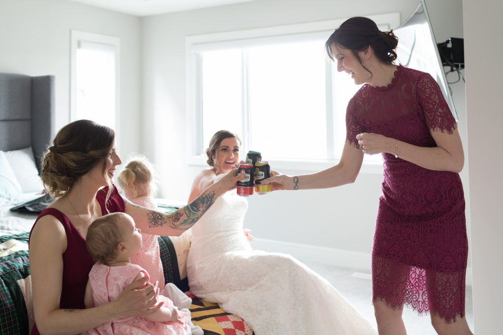 candid wedding photos of the bridesmaids