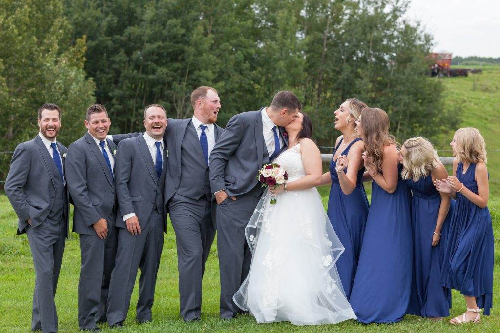 cute wedding party photos