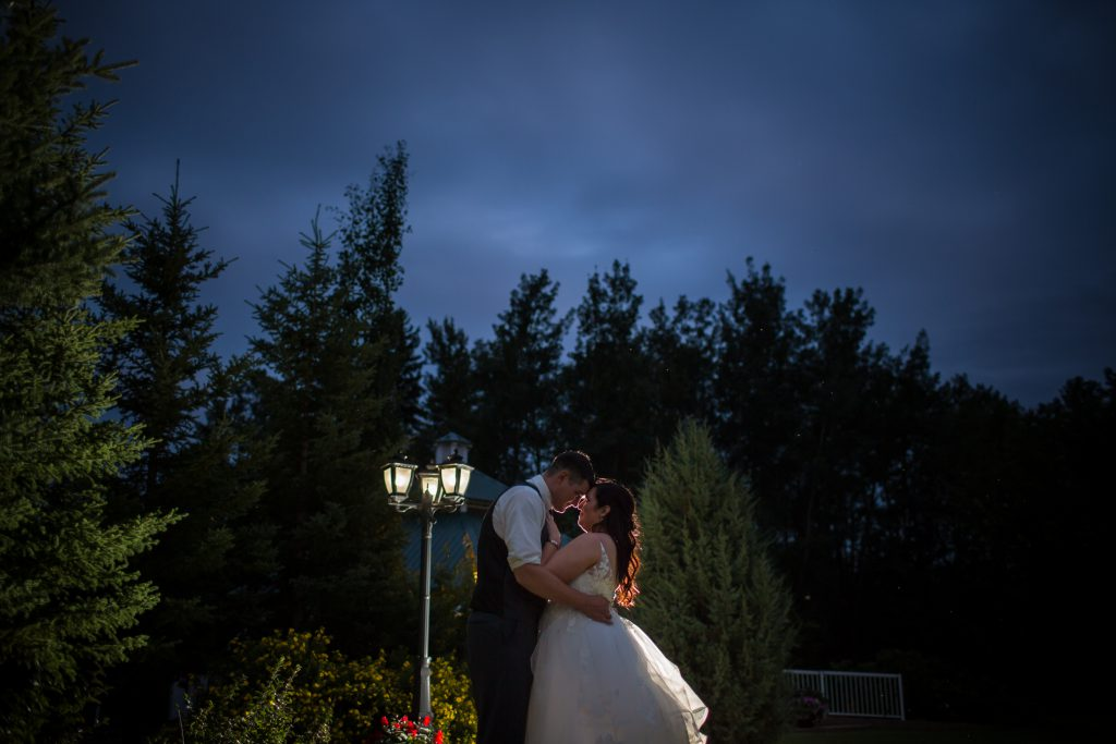 night wedding portraits